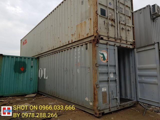 giá thuê container