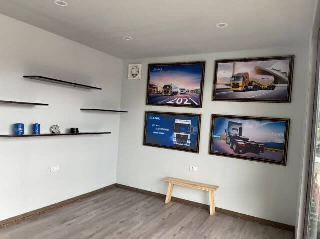 container làm showroom